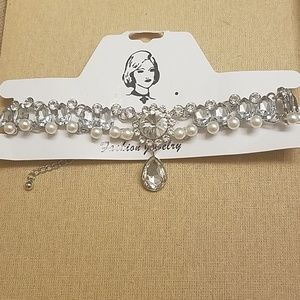 Gorgeous statement choker pearls and crystals